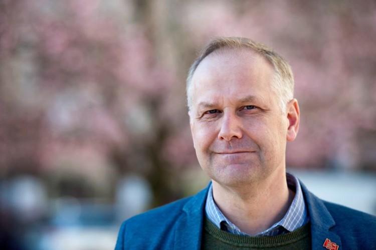 Vänsterns partiledare Jonas Sjöstedt kommer till Malmö